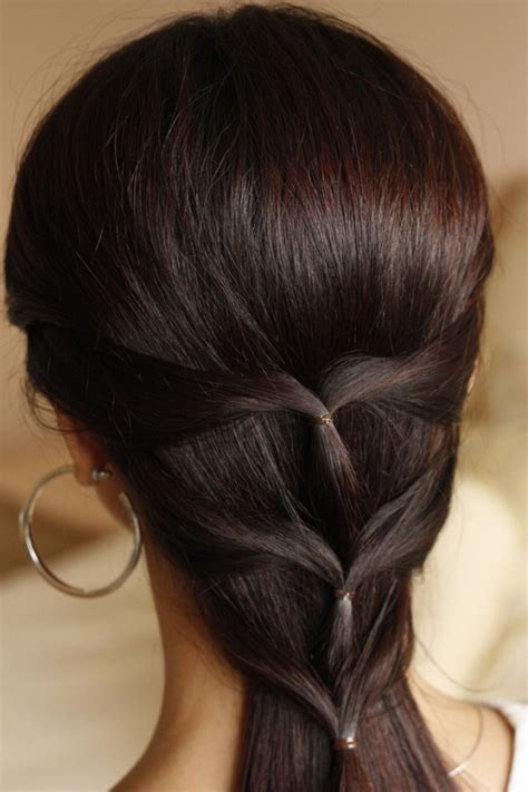 simple hairstyles at home india 25 cute hairstyles for medium hair slodive