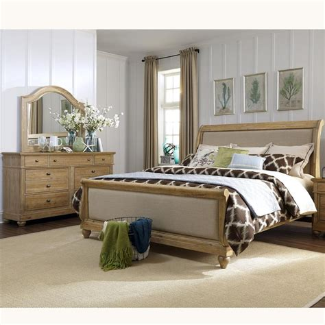 Liberty King Bedroom Set by 17 Best Images About Pilgrim Furniture On