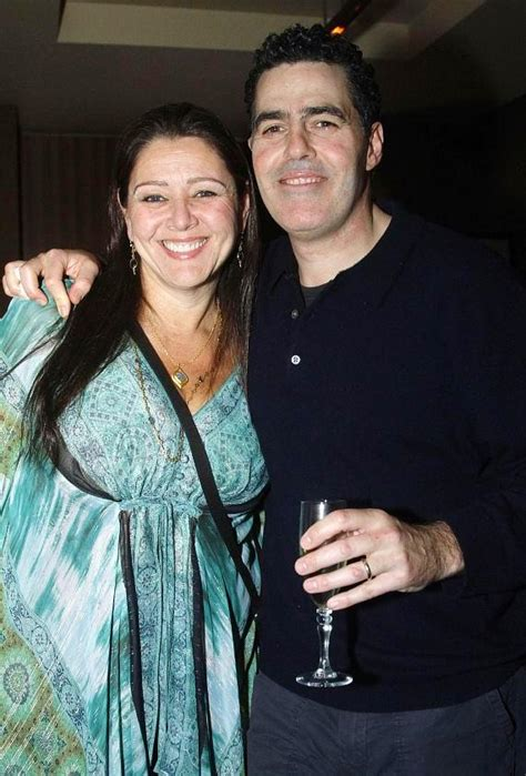 Credit Sofas Kathy Najimy Throws Husband Dan Finnerty A Vegas Birthday