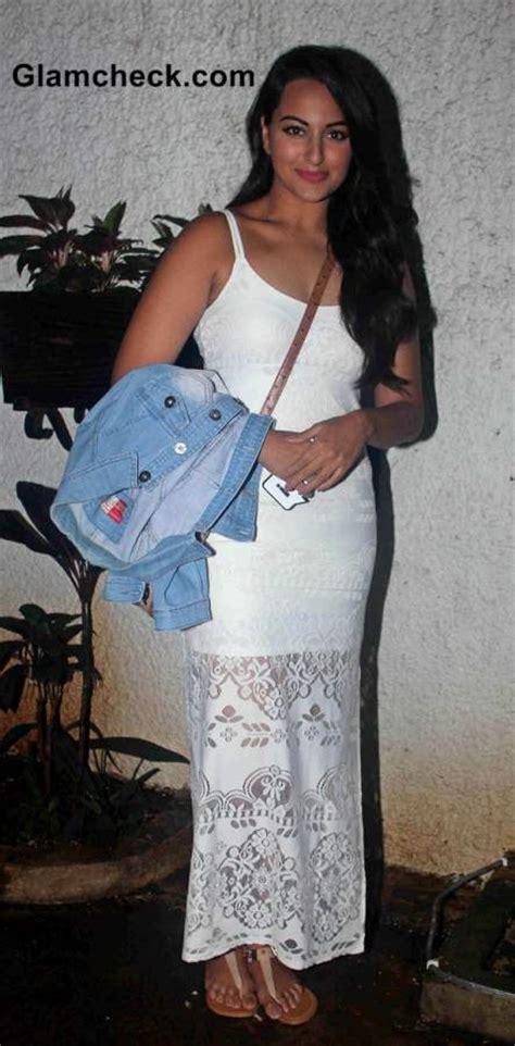 celebs   screening  film finding fanny  mumbai