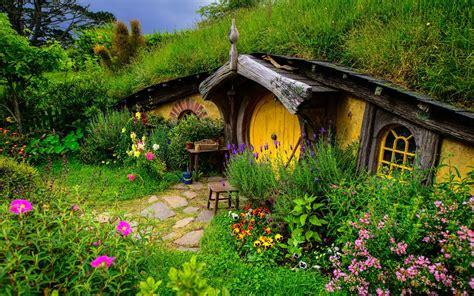 wallpaper flower house hobbiton new zealand 729000 walldevil