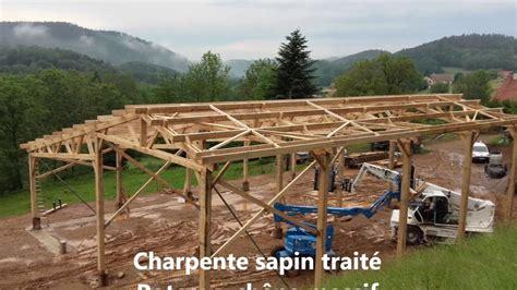 Construire Un Hangar Agricole by Montage D Un B 226 Timent Agricole Bois Roin 233