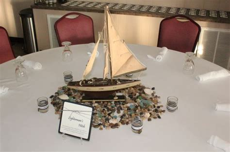 boat centerpiece weddingbee photo gallery - Boat Centerpieces