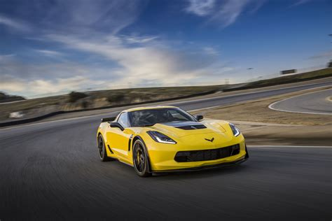 Chevrolet Zo6 2016 Chevrolet Corvette Z06 Vs Dodge Viper Acr Vs