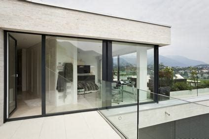 chiudere terrazza con vetro chiusura balcone in veranda quando 232 legittima quali