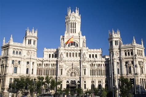 Mba Education Spain by Madrid Travel Guide Bootsnall