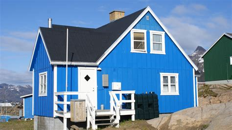 houses from file sisimiut prefab blue jpg wikimedia commons