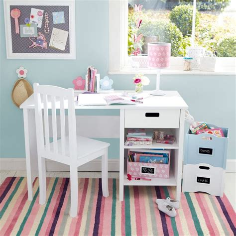 childrens bedroom desk and chair best 42 olivia s bedroom images on pinterest home decor