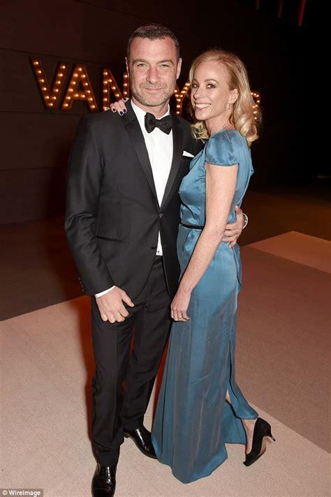 Are Watts Liev Schreiber Married by Watts And Liev Schreiber Hugs In Brentwood