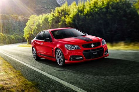 holden accesories holden vf commodore gets design pack accessories