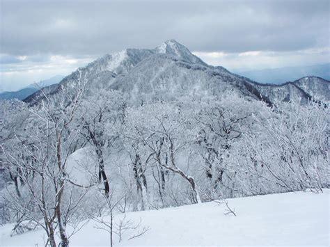 10 y o images usseek com 無料壁紙写真素材集 3月 春 山岳 雪山 大山 鳥取県