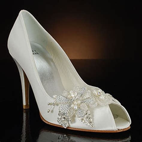 White Wedding Shoes by Bridal Style White Wedding Shoes