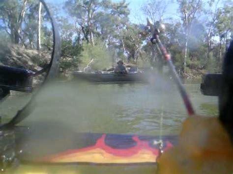 boat r fights european carp fights remote control boat youtube
