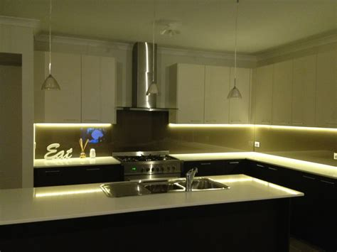 under cabinet led strip lighting kitchen 2 meter 12v 3528 flexible water resistant led strip light