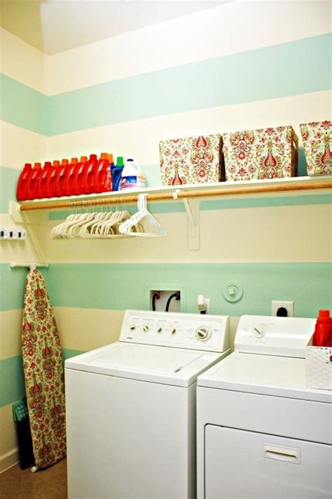 the laundry room clothing laundry room clothing line home ideas diy cheap recycle pintere