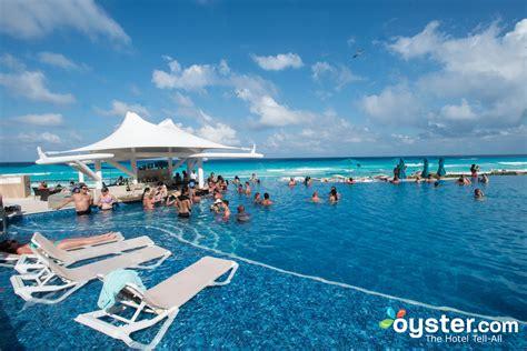Best Swim Up Bars In Cancun Hard Rock Hotel Cancun Oyster Com