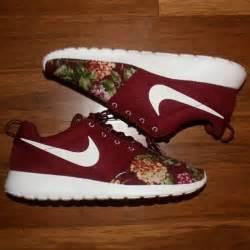 nike flower shoes mens nike roshe run floral