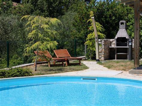 appartamenti rab appartamento con piscina sull isola rab croazia