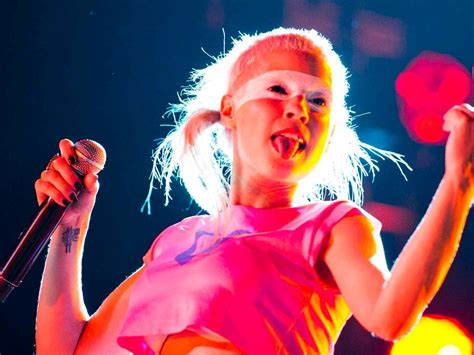 A To Die For die antwoord step correct or u gonna get stomped sa