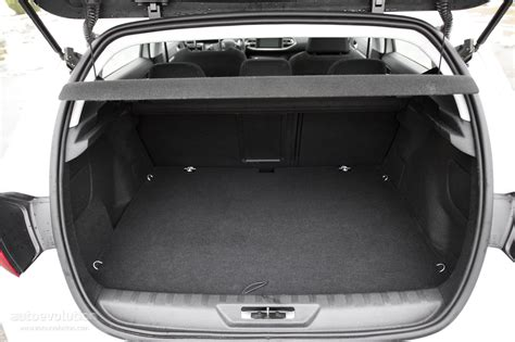 peugeot 308 trunk 2015 peugeot 308 review autoevolution