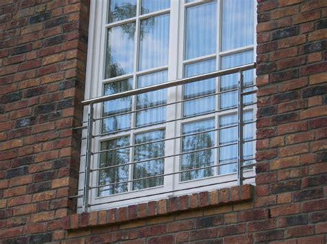 edelstahlgeländer fenster faszinierende franz 246 sische balkone