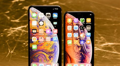0 iphone xs max apple s iphone xs xs max incrementally better with bigger price tag