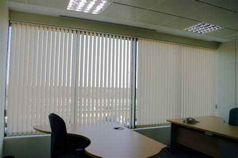cortinas para oficina cortinas de oficina lambdatres