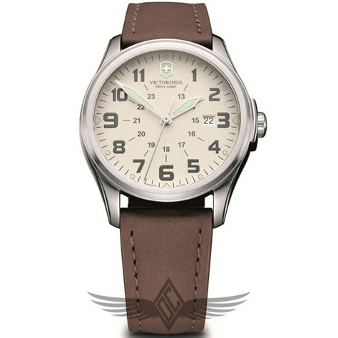 Victorinox Swiss Army Infantry Vintage 38mm Cream Dial