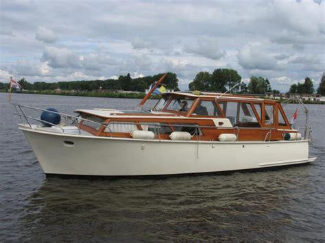 te koop motorjacht motorboot te koop motorjachten ruim aanbod