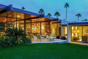 leo dicaprio house rent leo s luxury palm springs estate