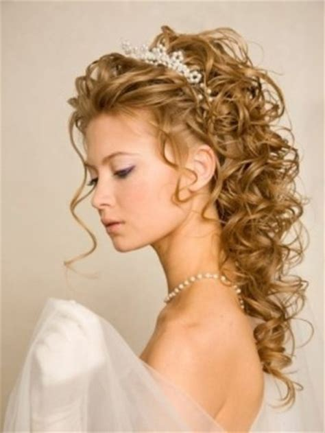 pin up hairstyles for weddings pictures to pin on