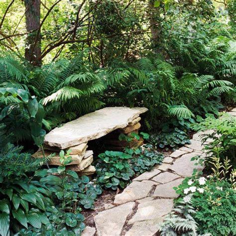 Exceptionnel Allee De Jardin Originale #2: allee-de-jardin-en-pierres-gravillon-pour-all%C3%A9e-jardin-avec-verdure-et-all%C3%A9e-en-pierre.jpg