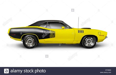 sports car side view yellow 1972 dodge challenger retro sports car side view