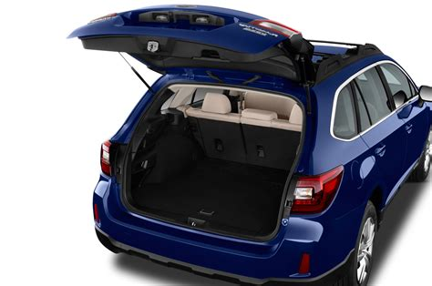 2017 subaru impreza hatchback trunk 2017 subaru outback reviews and rating motor trend canada