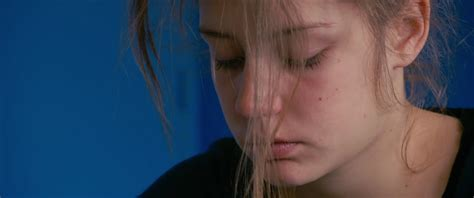 adele exarchopoulos movies mine movie stills adele exarchopoulos blue is the warmest