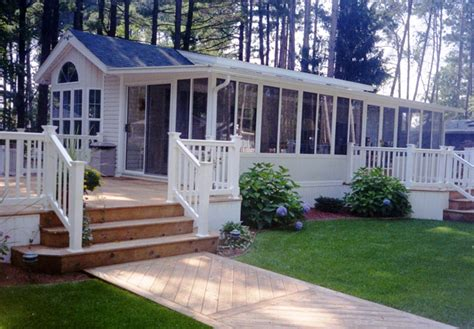 typical size of single wide mobile home mobile homes ideas