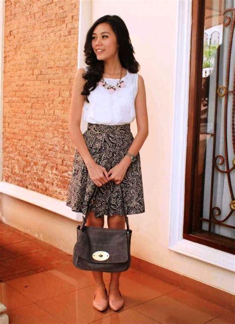 Rok Bangkok Pecah 8 Pendek 2 ッ 32 model rok batik panjang pendek modern untuk pesta terbaru