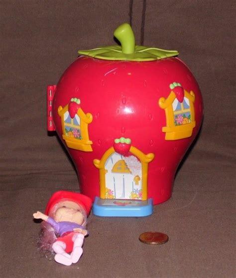 strawberry shortcake doll house vintage strawberry shortcake doll house for sale classifieds