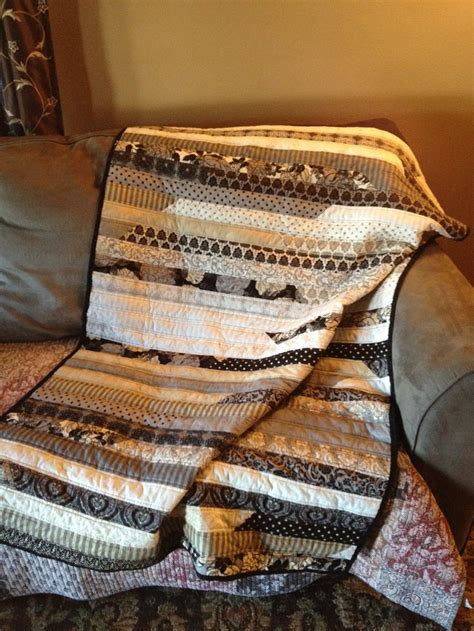 moda fabric   black dress jelly roll quilt quilts pinterest quilt