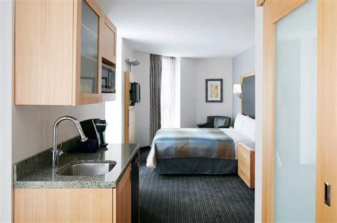room with club quarters hotel world trade center lower manhattan