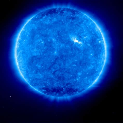 Blue Nasa apod january 6 1997 blue sun glaring