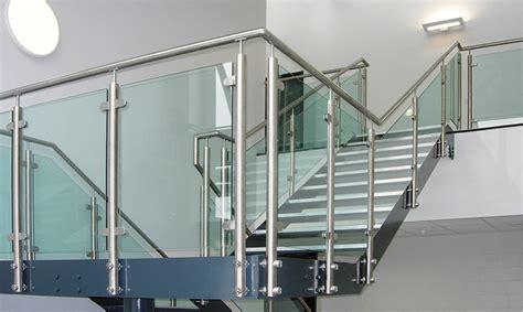 ringhiere per scale interne in vetro immagini scale interne ringhiere vetro scale e parapetti