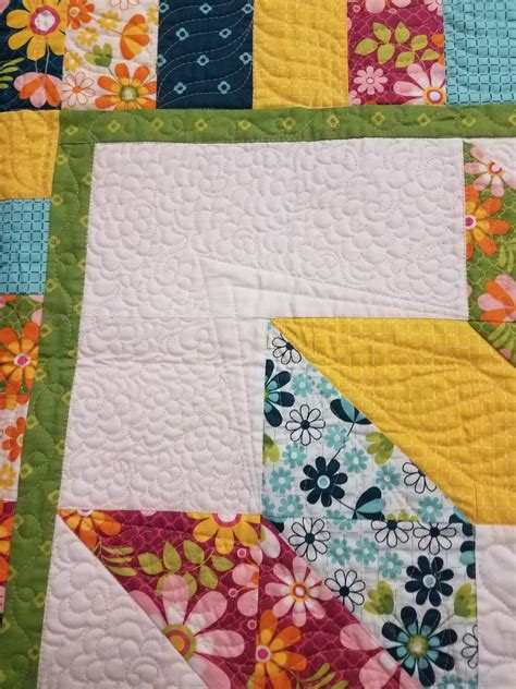 How To Meander Quilt by Quilting Is Therapy Carpenter S Free Quilt Pattern Midnight Quilt Show Quilting Is