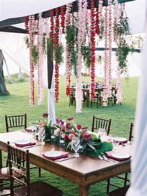 Best 25  Hawaiian wedding themes ideas on Pinterest