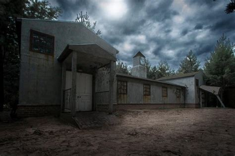 The Scariest Haunted Houses In Minnesota
