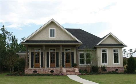 large cottage house plans this louisiana style cottage was designed and built in fairhope alabama in creek