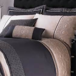 catherine lansfield signature luxury geo faux silk duvet
