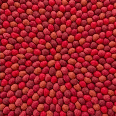 Wolldecke Billig by Filzkugelteppich Fox Eine Wolldecke Um Billig Zu