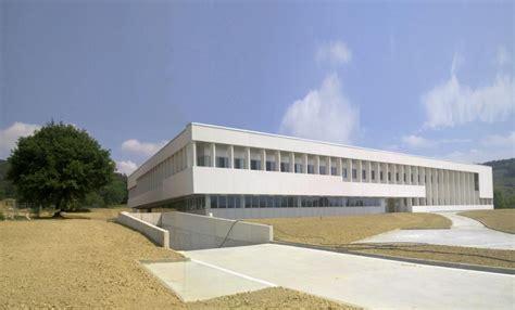 oficinas de trabajo temporal en zaragoza edificio ciem de zaragoza construction21
