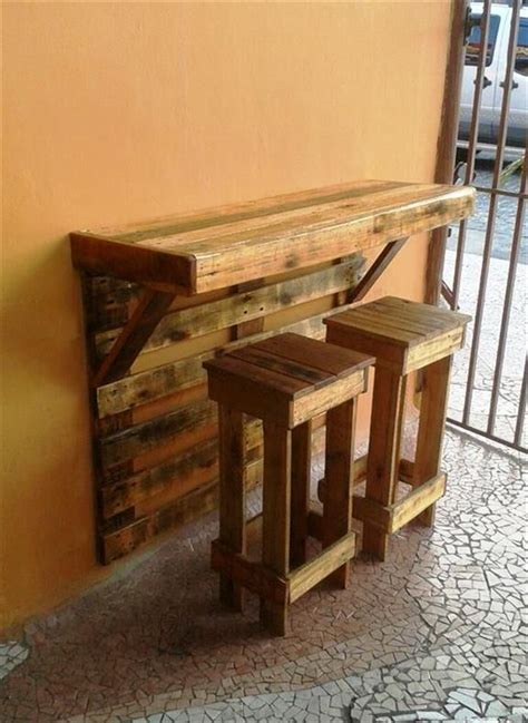 best 25 painting pallets ideas on pinterest pallet furniture tips diy projects using wooden pallet project ideas best 25 pallet ideas ideas on